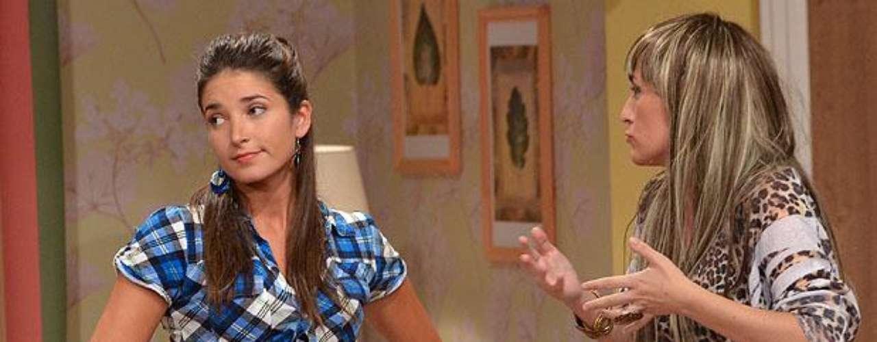 La bella actriz Catherine Mazoyer se robó las miradas con su sexy personaje en el espacio comandado por Pato Torres. La ex \