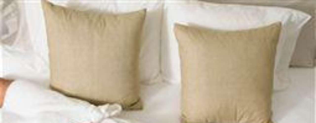 Sexo lujoso: quedarse en un hotel de lujo puede calentar la relación en la cama. De acuerdo con el sexólogo Tracey Cox, pocas personas viven momentos de lujo en la rutina diaria, por eso cuando se preparan para ello, quedan llenos de energía.