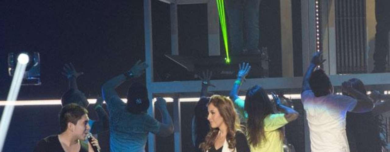 América Sierra, El Bebeto y los chicos de 3Ball Mty ponen a tono el show que presentarán en los Billboards Latinos.
