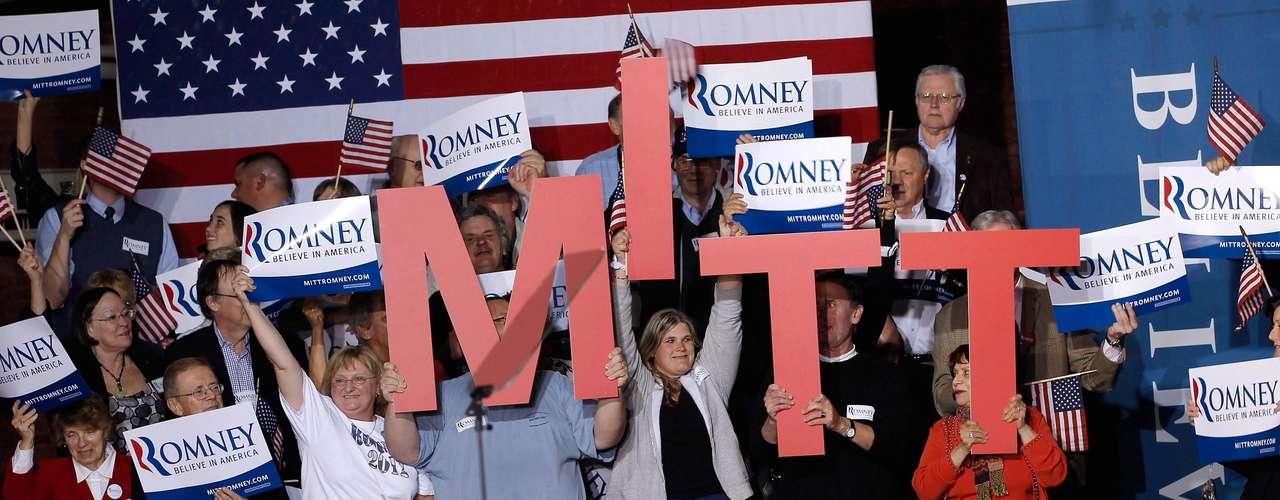 Mitt Romney barrió en Connecticut, Rhode Island, Delaware, NY y Pensilvania y se consolida como el virtual contrincante de Barack Obama. Con eso en cuenta trata de convencer a los electores de que con él habrá \