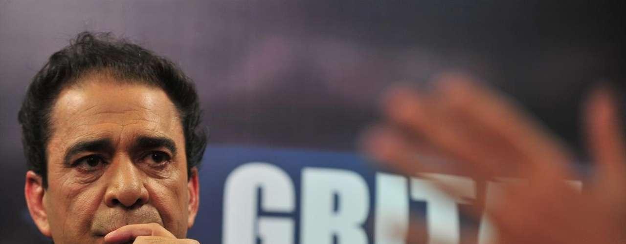 El afamado comentarista protagonizó un gran programa. No te pierdas la repetición, en donde Eduardo Bonvallet analizó el Superclásico del próximo domingo y habló sobre las semifinales de Champions League, donde los poderosos Barcelona y Real Madrid quedaron afuera. También contó anécdotas como jugador en la Selección Chilena.