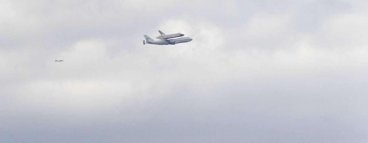 El Enterprise había sido exhibido en el Instituto Smithsoniano de Washington pero pronto terminará en el Intrepid, donde será \