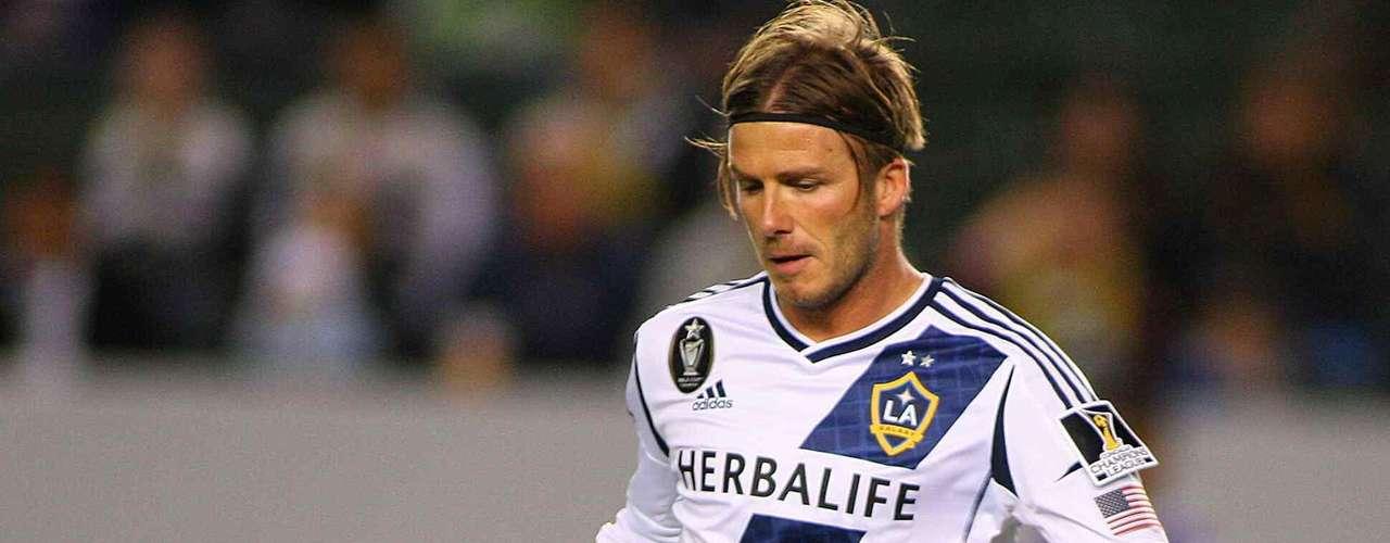 El 1 de julio de 2007 en medio de gran controversia, David, decide dejar al Madrid, y fichar por Los Angeles Galaxy.
