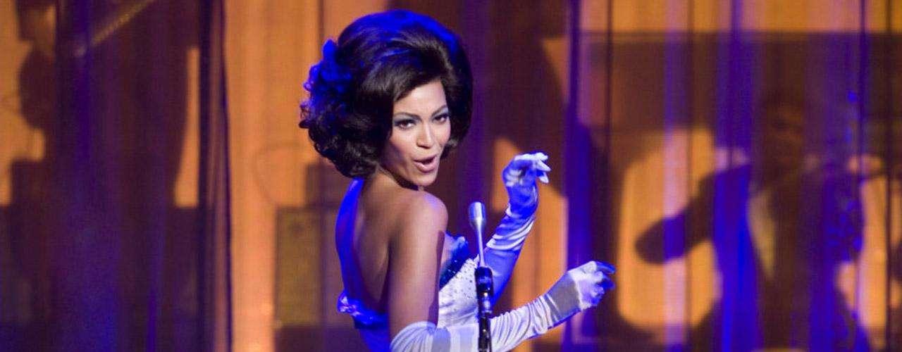 La conocida cantante Beyoncé también ha incursionado en la actuación, y lo ha hecho demostrando su profesionalismo en la gran pantalla. La transformación ante la cámara de Beyoncé fue por partida doble.
