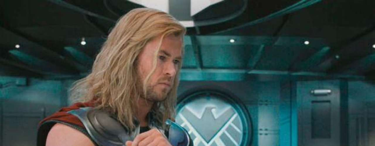 Chris Hemsworth como Thor.