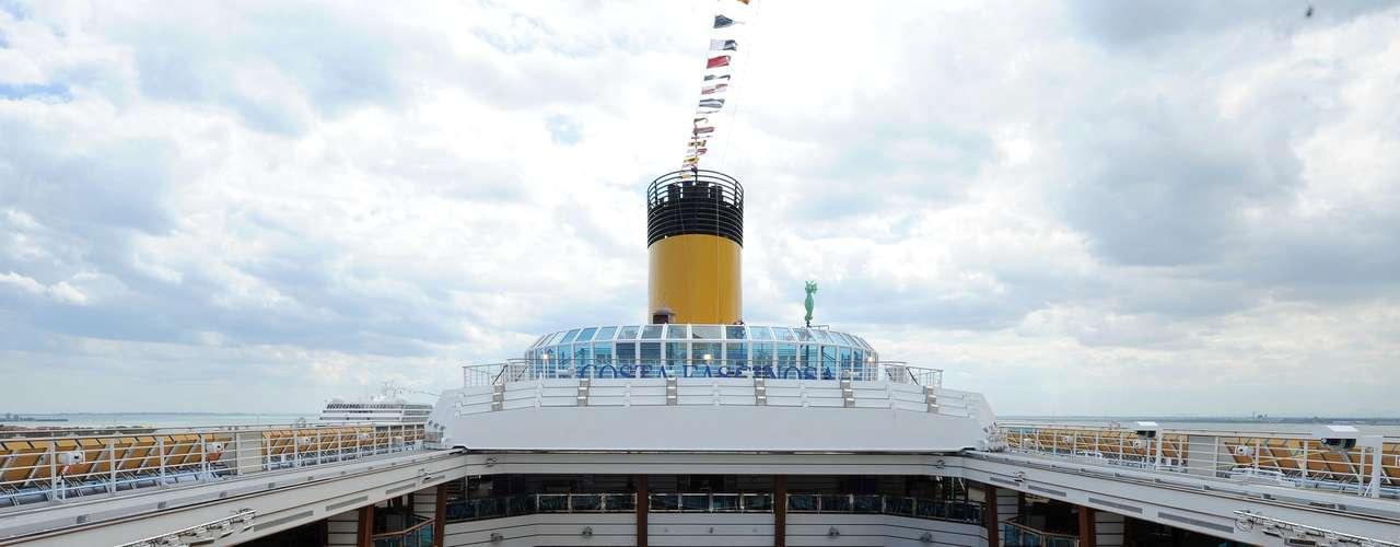 El casco del 'Costa Concordia' podrá retirarse en un plazo de nueve a 12 meses, en \