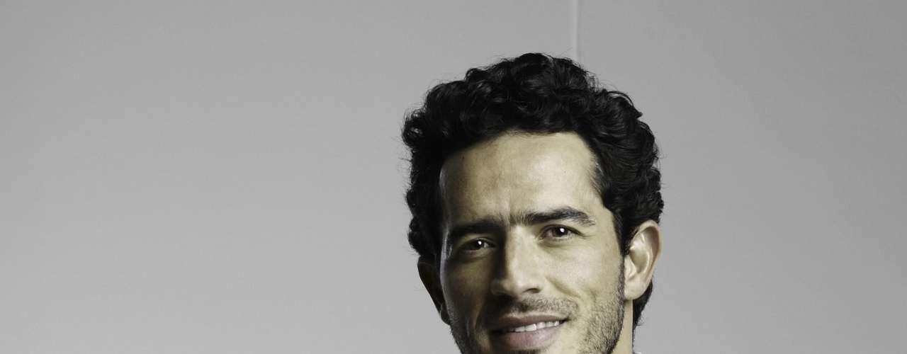 Pedro Palacio es Tiburcio, el dueño de la tienda del pueblo.