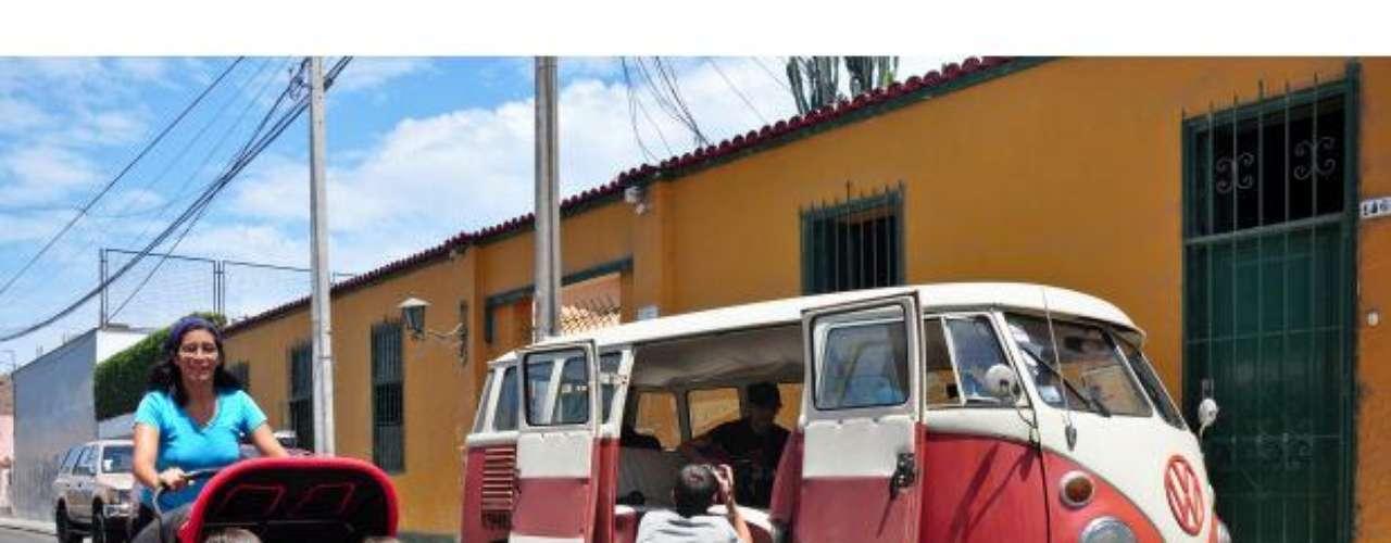 Daniel F llega a Barranco con la 4Track Combi.