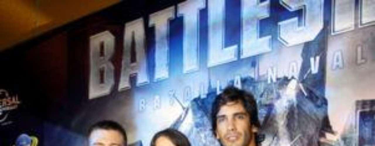 """Yidda Eslava, Israel Dreyfus y Julián Zucchi de """"Combate"""" en el Avant Premiere de """"Battleship""""."""