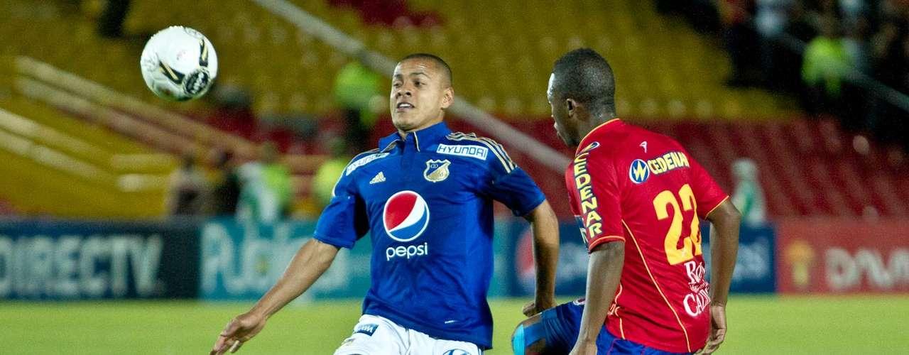 Millonarios perdió 1-2 ante Deportivo Pasto, y quedó prácticamente eliminado para ingresar a los cuadrangulares semifinales de la Liga Postobón I  2012. Mientras que, el Pasto seguía firme camino a la clasificación