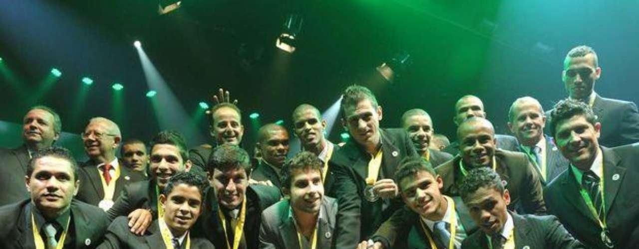 El elenco de Guaraní fue galardonado por ser los subcampeones del Paulista.