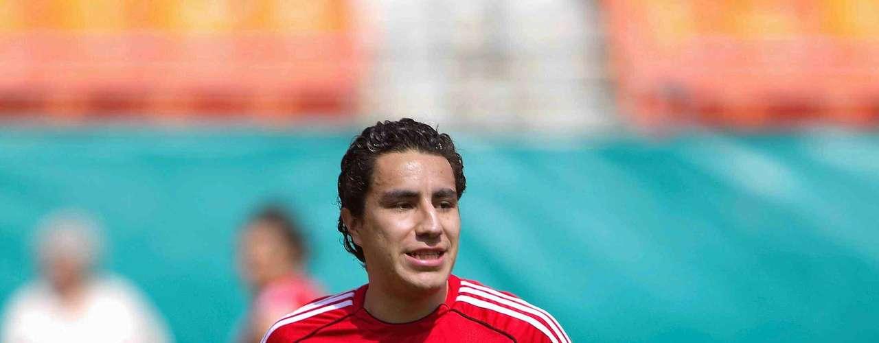 Efraín Juárez ya no tiene cabida en Europa y se ha mencionado que interesaría a Santos y América.