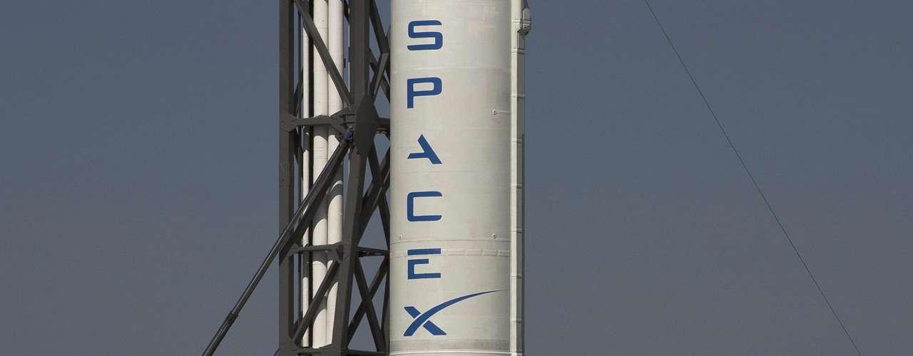 Después de tres aplazamientos desde febrero, SpaceX y la NASA finalmente declararon estar listos para lanzar Dragon tras completas revisiones de software para asegurarse de que no representa ningún peligro para la ISS. Ahora habrá un segundo intento, el martes 22 de mayo, si es que se soluciona el problema y el clima lo permite.