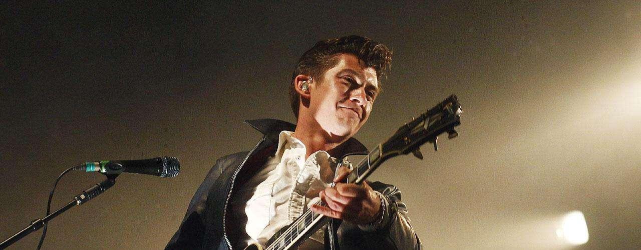 La banda inglesa Arctic Monkeys también fue conocida a través del portal de internet MySpace, luego de que sus fans colocaran temas de la agrupación en este medio.