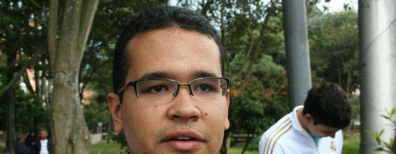 Jhonatan Andrés Suarez, primo de Luis Andrés Colmenares, manifestó que la relación entre el joven y Laura Moreno se limitaba al ámbito académico, desconociendo que pudiera existir una relación de tipo sentimental entre los dos compañeros de estudios.