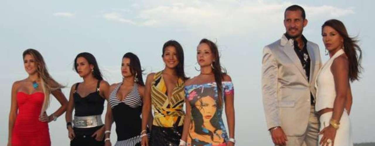 Las Muñecas de la Mafia. Emitida en el 2009, esta es la historia de cinco jóvenes mujeres, que por motivos familiares, amorosos y económicos  terminan involucrándose en el mundo de la mafia colombiana.