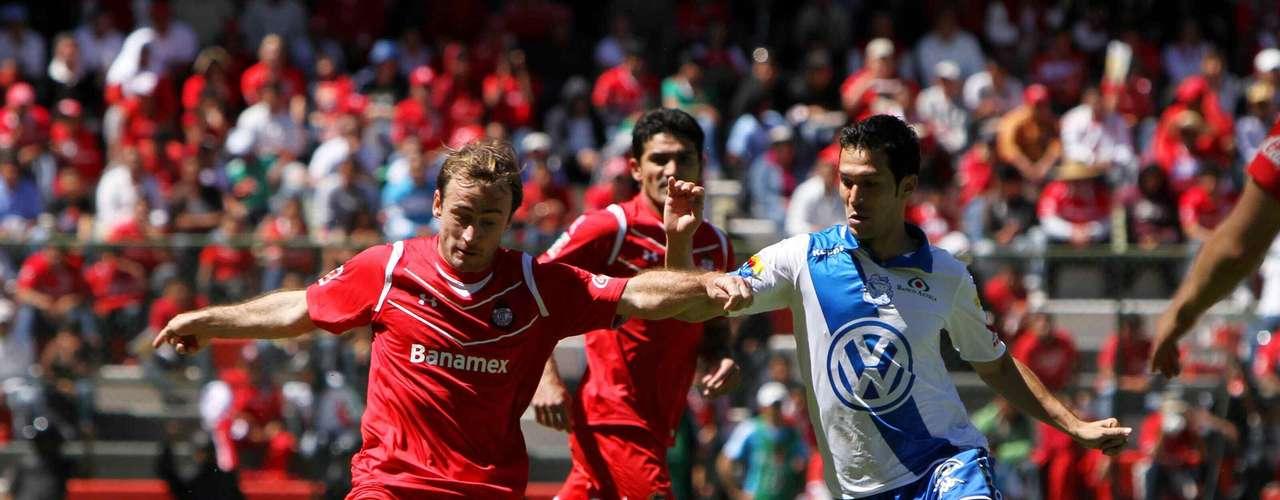 Martín Romagnoli y Luis García son nuevos jugadores de Pumas.