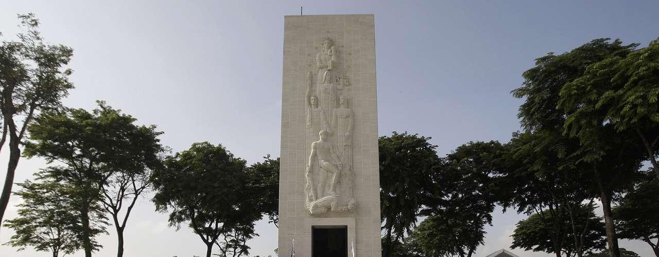 Los homenajes se realizan a lo largo y ancho del país.