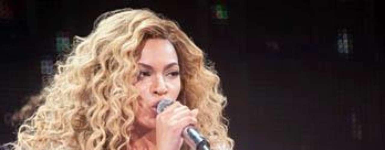 Beyoncé recuperó sus curvas rápidamente, luego de dar a luz a Ivy Blue Carter.
