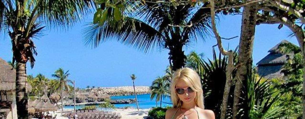Valeria Lukyanova es la úlltima jovencita que se suma al listado para parecerse a Barbie y parece que es la persona más buscada en ruso en Internet