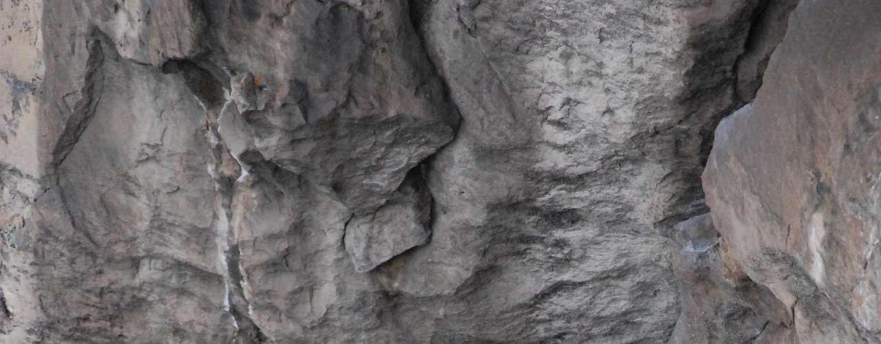 El mensaje de este escalador es claro: no lo intenten en sus rocas, ni en sus casas. Su proceso ha durado mucho tiempo y su cuerpo tiene facultades excepcionales que lo hacen permanecer tranquilo y tener una fuerza especial en momentos de gran presión como estos.