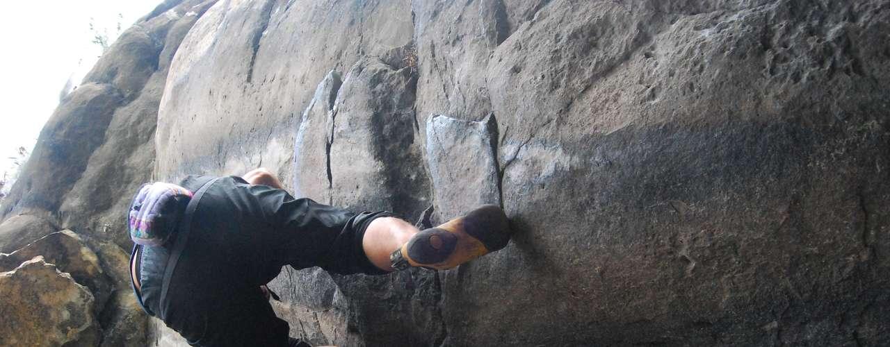 Entre sus planes a futuro está escalar una roca peruana de casi 6.000 metros de altura en 5 horas. Sólo le falta tener un patrocinio que espera conseguir en los próximos dos meses por tardar.