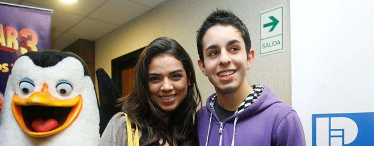 Ingrid Morales y Joaquín Escobar, quienes encarnan a Alejandra y Johnny en \