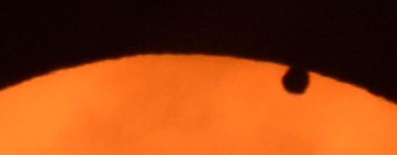 Venus está considerado el planeta gemelo de la Tierra, parecido en tamaño y origen, aunque se desconoce cómo evolucionaron de formas tan diferentes.