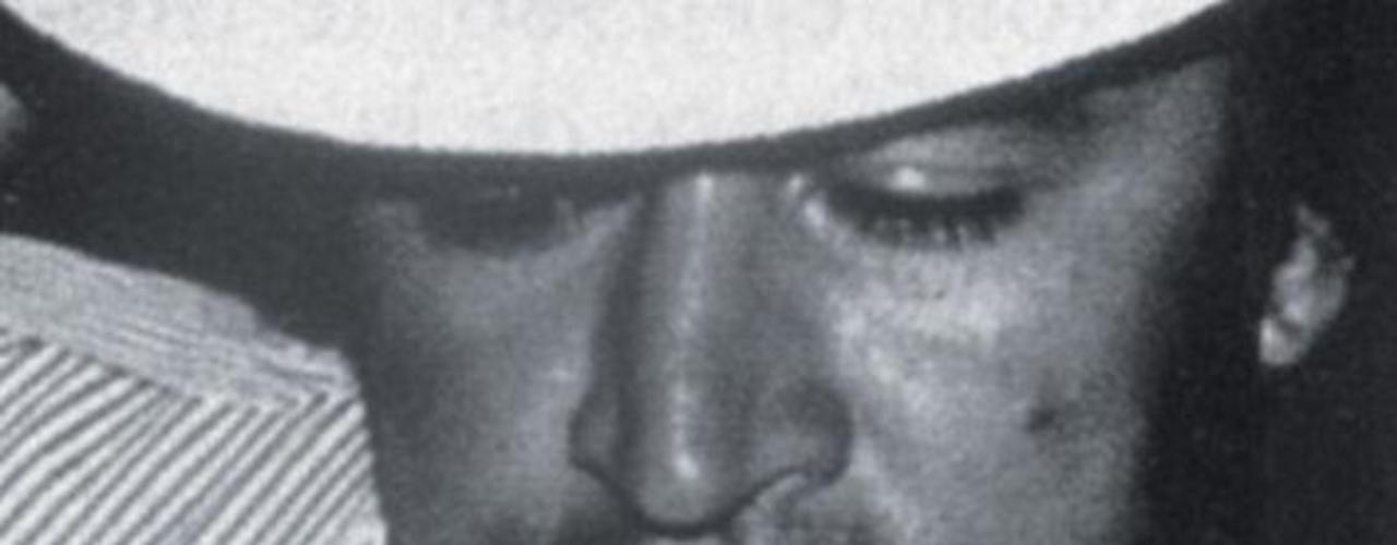 Gonzalo Rodríguez Gacha fue uno de los narcotraficante más reconocidos en Colombia, fue socio de Pablo Escobar y conocido por sus vínculos con el fútbol y su pasión por la cultura mexicana. 'Escobar el patrón del mal' sigue dando de qué hablar, en esta ocasión la serie viene presentando a nuevos personajes de esta trascendental historia, que tienen un gran parecido en cuanto a la interpretación y el físico de las personas que fueron las protagonistas de estos hechos en la vida real. Conoce a los personajes reales y ficticios de esta historia.