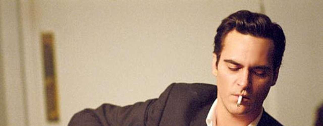 Joaquin Phoenix dio vida al genio y atormentado músico estadounidense Johnny Cash.