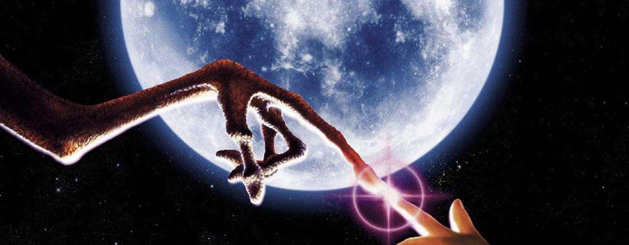 E.T., treinta años de su odisea para telefonear a casa.