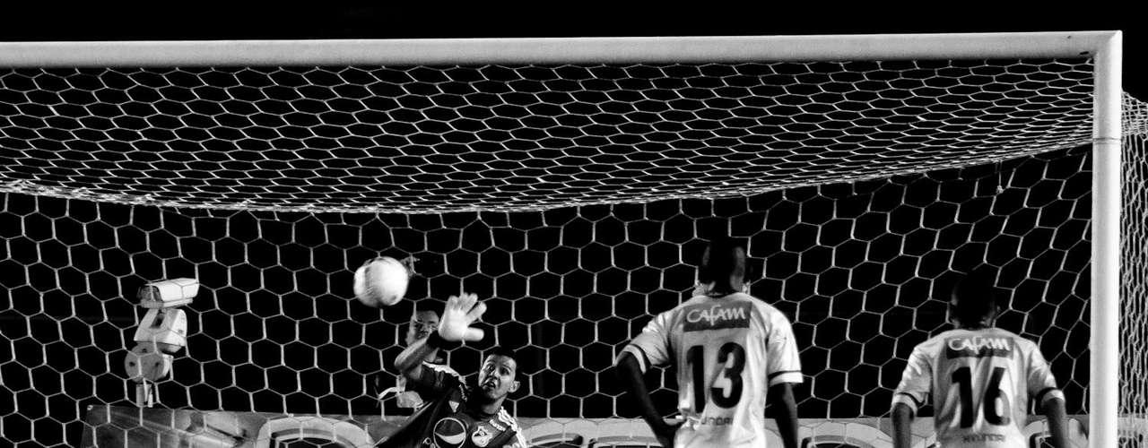 Millonarios empató en Copa Postobón ante su rival de patio y de esta manera terminó su semestre, ya se piensa en lo que será el siguiente para el equipo azul, en el que tendrá una participación internacional en Copa Suramericana