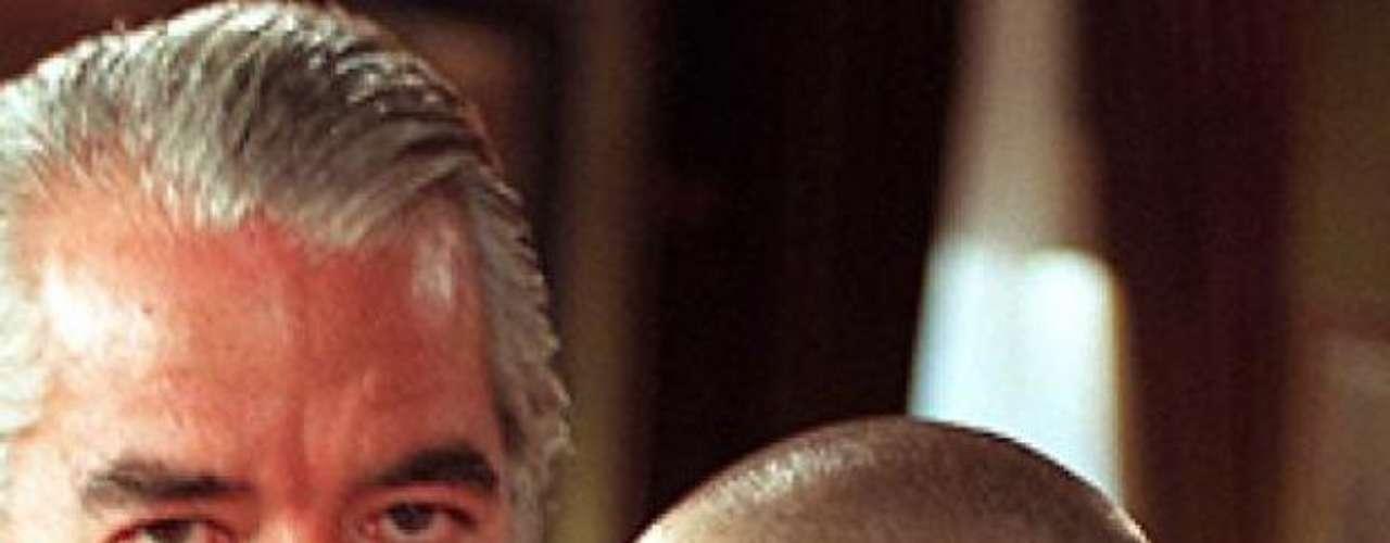 La actriz Cynthia Klitbo se rapó la cabeza para sus escenas finales en la telenovela 'El Privilegio de Amar', donde era la villana 'Tamara'.