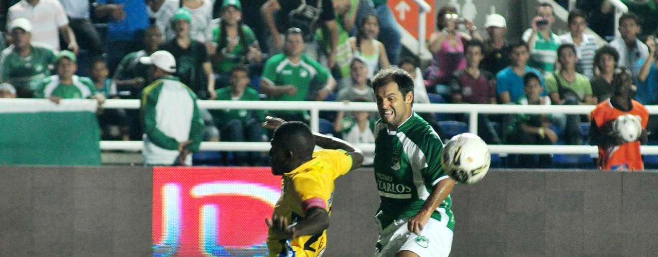 Gustavo Biscayzacú fue una de las figuras del equipo, el delantero de nuevo movió el eje ofensivo del su equipo y anotó el segundo gol.