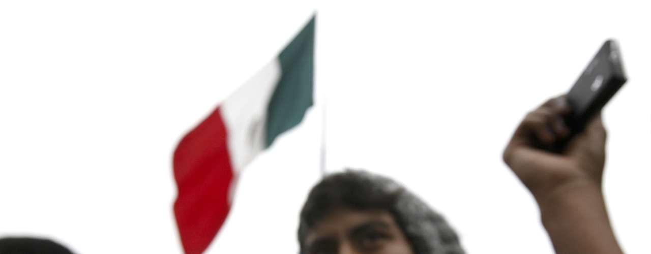 Sin embargo, proclama que es contrario a Peña Nieto y al regreso del PRI a la presidencia, la que perdió en 2000 ante el Partido Acción Nacional (PAN) luego de 71 años de gobierno. (Fuente: AP)