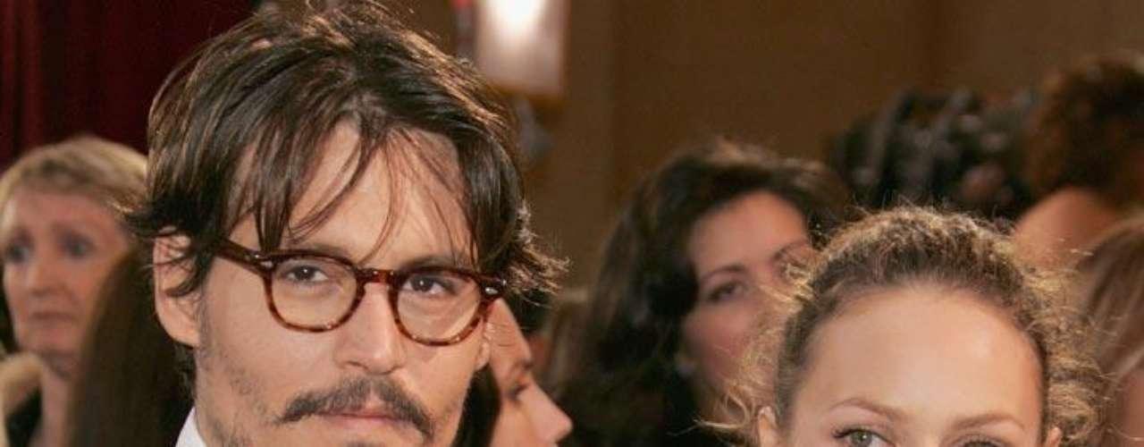A principios de 2012, Johnny Depp y Vanessa Paradis dijeron a la prensa que no se han casado porque no creen en el matrimonio.
