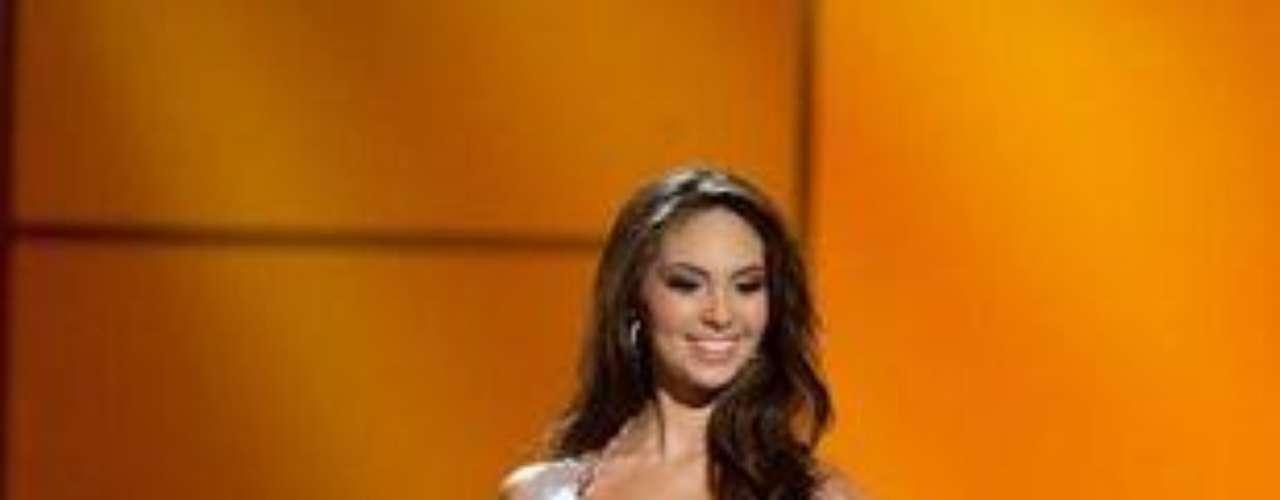 Natalie Vértiz admitió tener una relación con Paolo Guerrero, delantero de la selección peruana de fútbol. La exMiss Perú 2011 y coanimadora del programa \