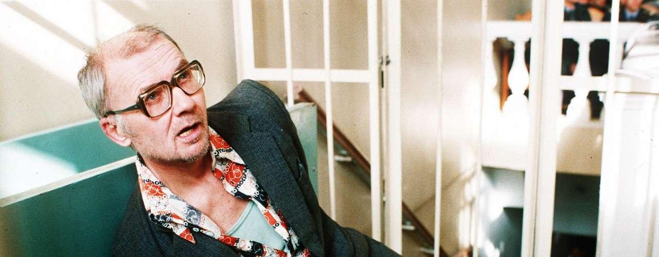 Andrei Chikatilo (Unión Soviética): Fue el único asesino en serie de la Unión Soviética. Su actividad criminal lo llevó a realizar al menos 53 asesinatos. Conocido como \