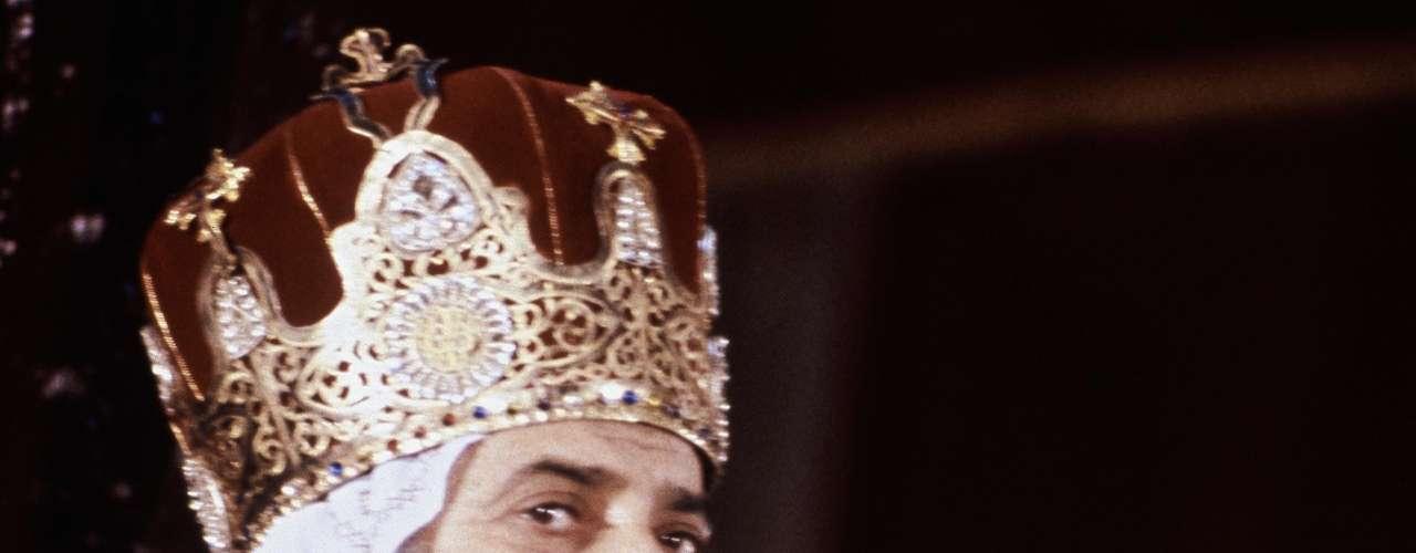 17 de marzo de 2012 - Muere el papa copto, Shenuda III, a los 88 años.
