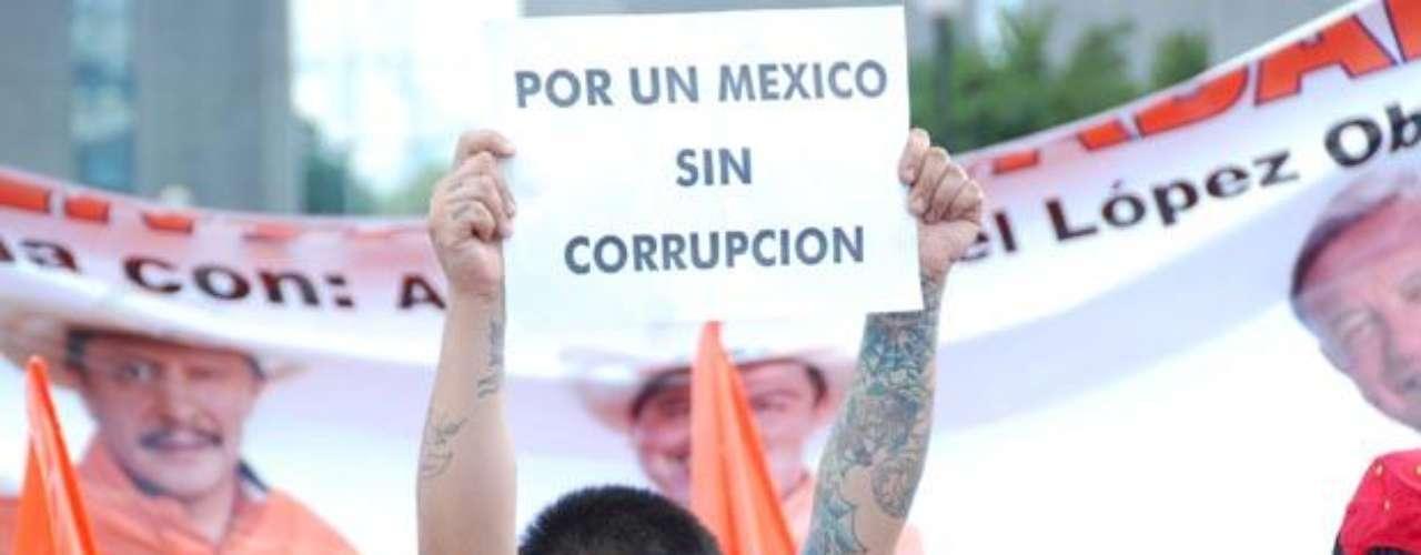 Andrés Manuel López Obrador pernoctará en la entidad, en donde sostendrá una reunión privada con empresarios, así como integrantes del Movimiento Progresista, para ajustar los detalles de cara a la movilización de representantes de casillas en la contienda del 1 de julio