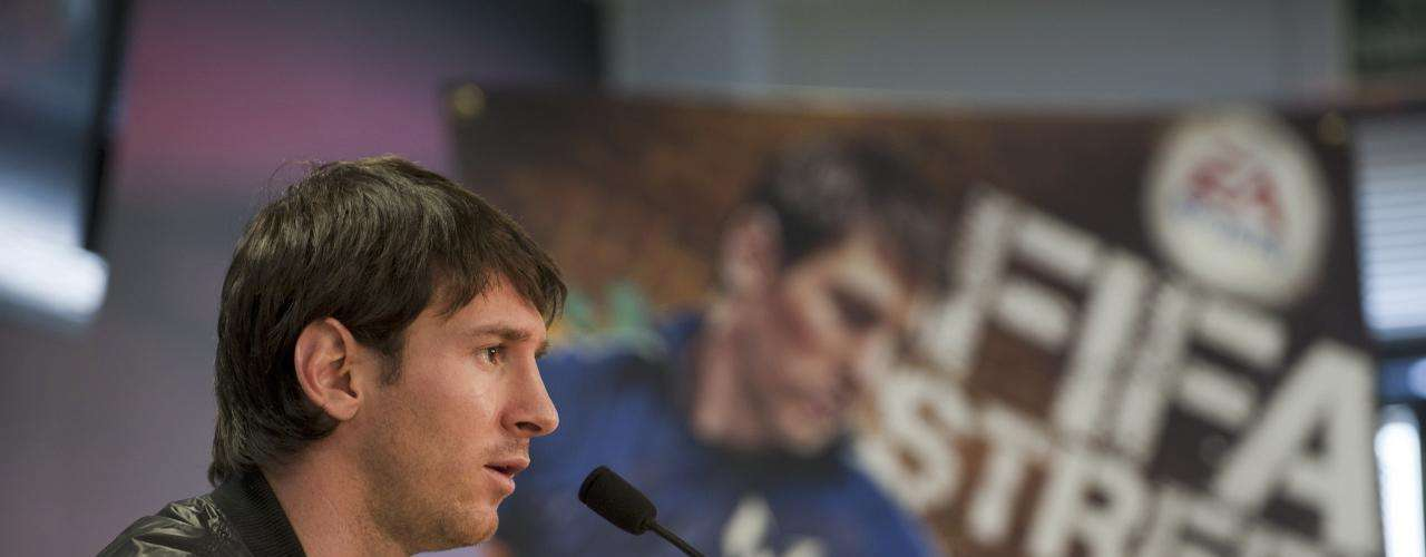 In 2011, the Argentinean star partnered with FIFA Street who in exchange for having Messi as its star, dedicated funds to his foundation and also rebuilt a street court in a poor area of Barcelona.