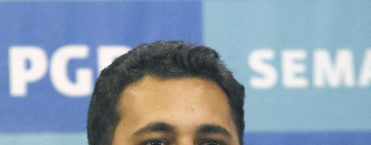 La captura de Félix Beltrán se produjo a diez días de las elecciones presidenciales en México, en las que las encuestas señalan que el gobernante Partido Acción Nacional (PAN) -comprometido en el combate a los cárteles- perdería frente al opositor Partido Revolucionario Institucional (PRI).