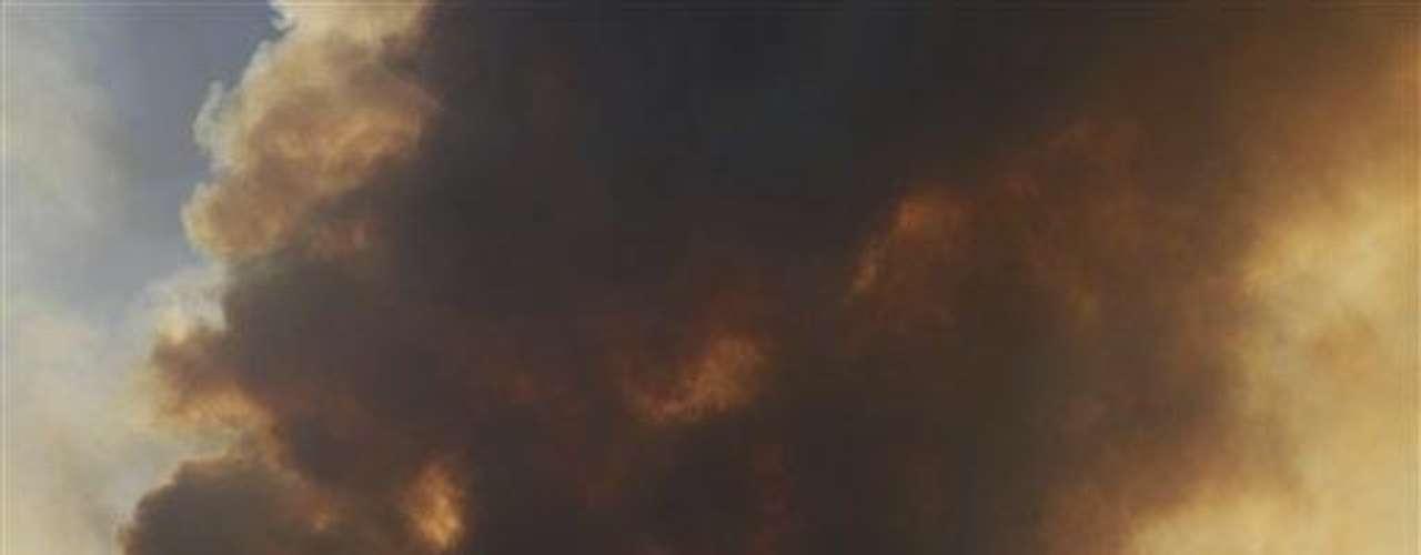 En Utah, hay otro foco que comenzó el jueves, en Kiowa Valley. El viento de más de 30 kilómetros por hora avivó las llamas y obligó a la evacuación de más de 9.000 personas.