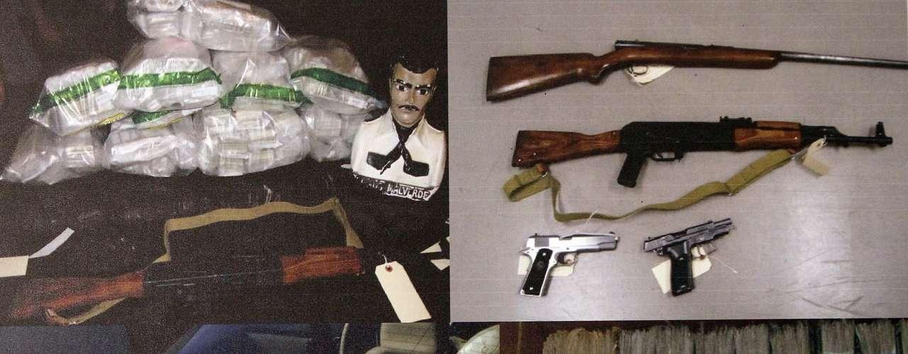 Los hombres del 'Chapo' cuentan con un brazo armado llamado 'Gente Nueva', el cual opera en estados como Sinaloa y Sonora y es comandado por el 'M100'. Además cuentan con un grupo de sicarios llamados 'Los Antrax' que operan principalmente en Sinaloa y son jefes de la seguridad de Ismael Zambada García.
