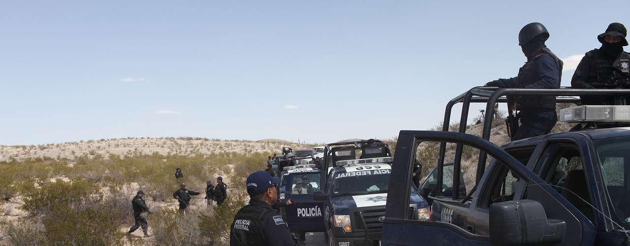 En el suceso más reciente las autoridades mexicanas hallaron los restos de al menos seis personas que se cree murieron hace dos meses en choques armados registrados en una zona rural del estado noroccidental de Sinaloa.