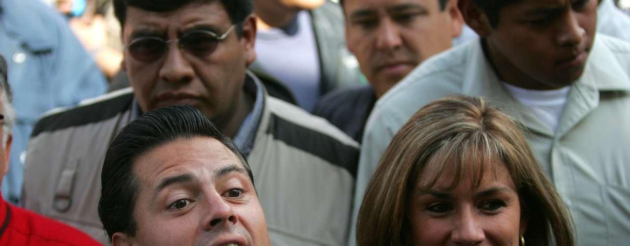 Tras votar, Peña Nieto pasará la tarde en compañía de su familia en su domicilio para posteriormente dirigirse al CEN del Partido Revolucionario Institucional, en el centro de la ciudad de México, donde seguirá de cerca los detalles del proceso electoral.