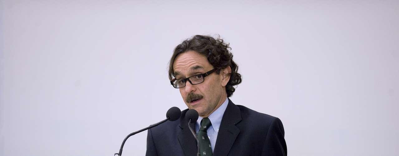 Gabriel Quadri, del minoritario Partido Nueva Alianza (Panal), solo cuenta con cerca del 2 por ciento en las intenciones de voto y fue el único candidato que no mencionaron los mexicanos en Homestead.