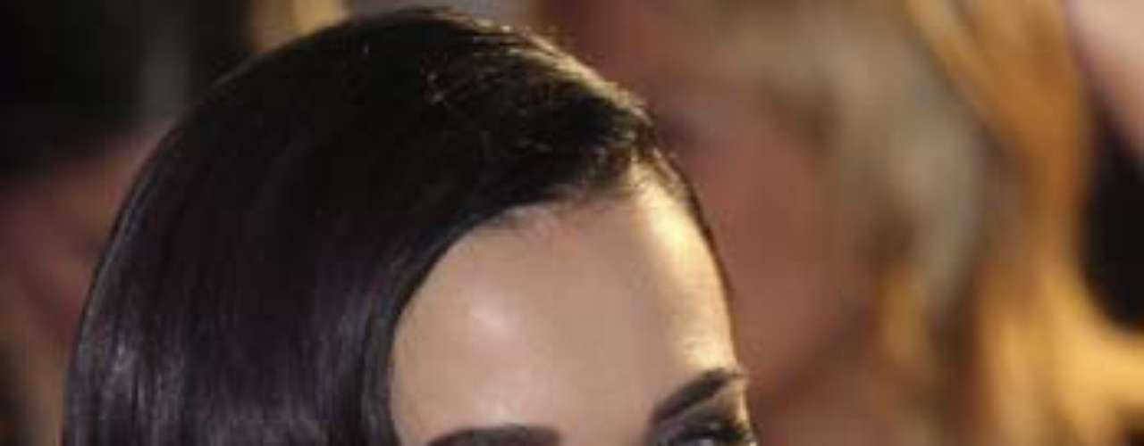 Katy perry sacó su mejor sonrisa para los fans.