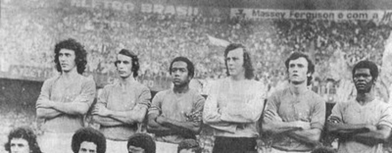 Estudiantes would avenge Argentina in the 1968 final with Palmeiras, which it won 2-1 in a playoff. It would be the beginning of one of the greatest runs in Libertadores history as Estudiantes won three straight titles.