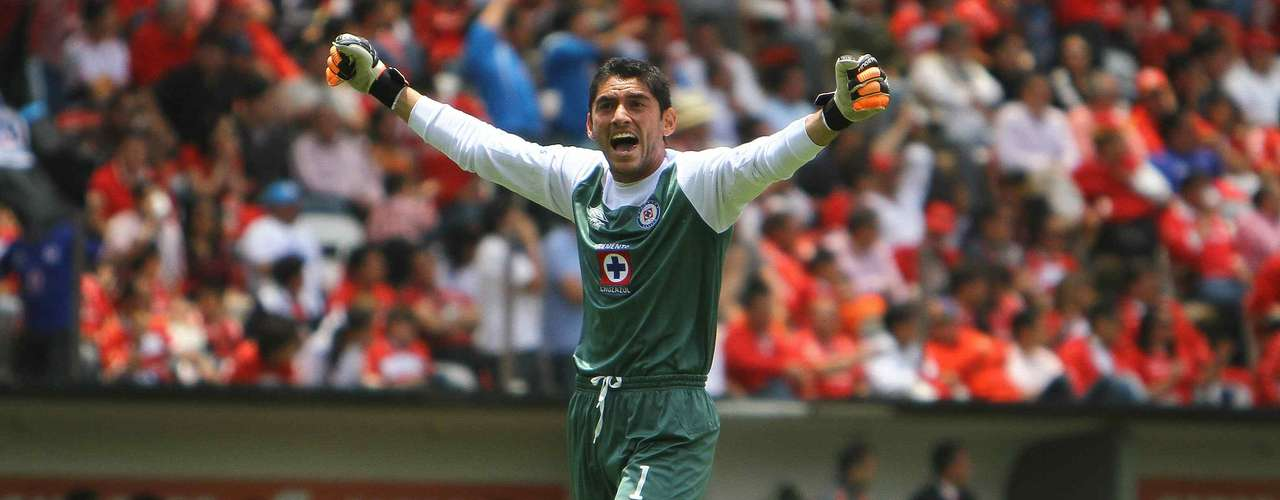 Jesus Corona, keper for the Mexican national team, will be the starter for Cruz Azul.